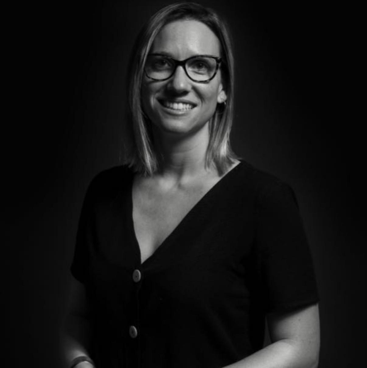 Dra. Teresa Brotons